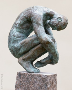 L vill uppmarksamma skulptur